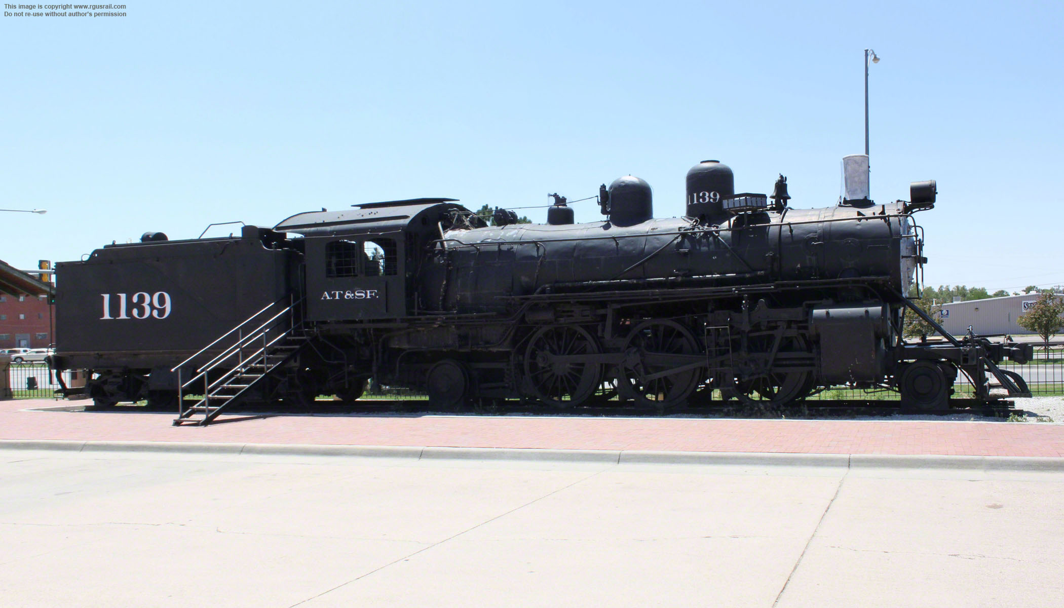 ATSF 1050 #1139, Dodge City ...